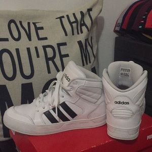 Adidas NEO Women's Raleigh Mid Sneakers